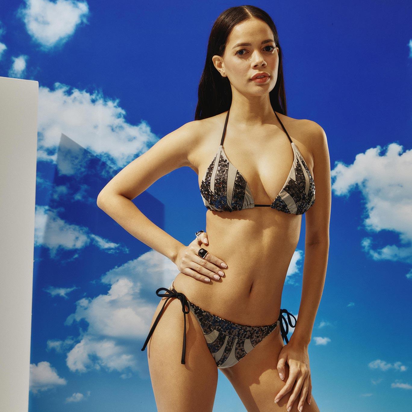 Bonesta SwimwearDaha da güzeli...
